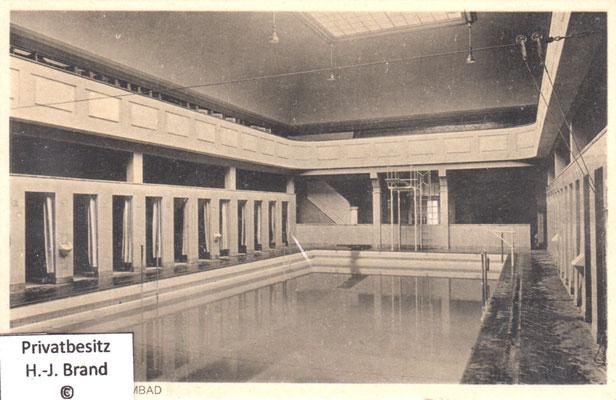 Frauen-Schwimmbad um 1935/40