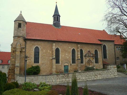 Bild 1: St. Magdalenen von Süden nach 1945