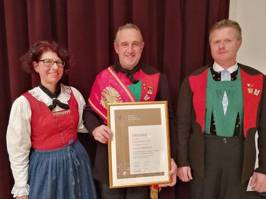 Obfrau Elfriede Egger | Claudio Marchesi (15 Jahre Ehrenabzeichen)