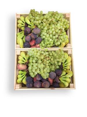Alle Obstsorten können frei gewählt werden. Gerne wöchentlich im Wechsel.  Hier 2 große Kisten mit ca. 30 kg, ausreichend für 60 Personen.