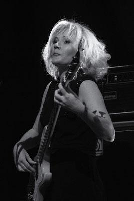 Nicki Parrort