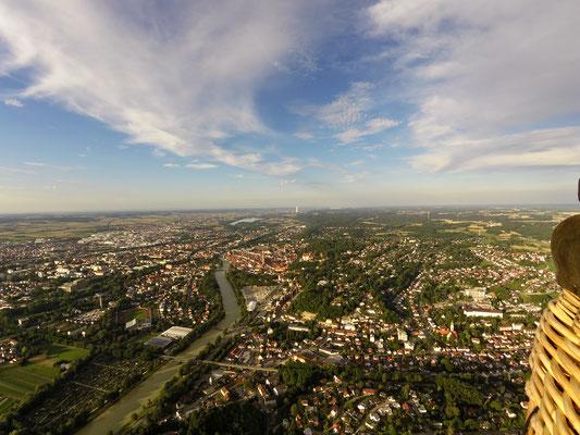 Ein Sommerabend im Ballon über Landshut