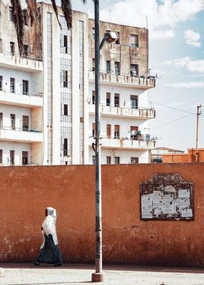 Edifici residenziali su  Harnett Avenue (ex Viale Mussolini) - Asmara, Eritrea