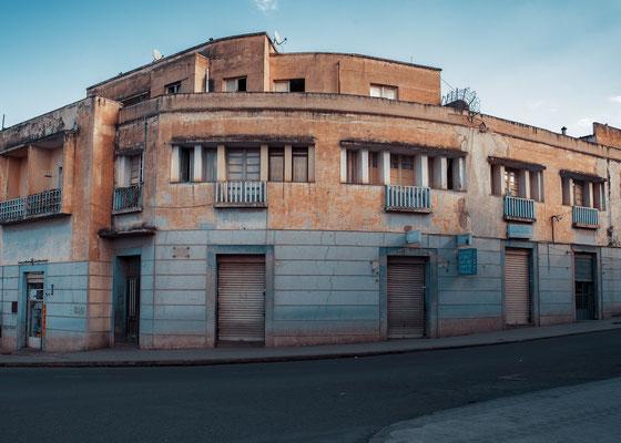 Edifici residenziali su ex Corso del Re (1936) - Asmara, Eritrea