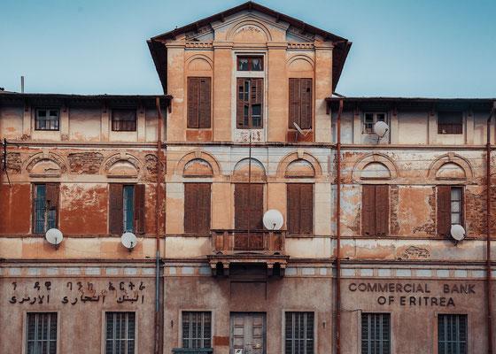 ex uffici della Compagnia del Sale Eritrea (1910), poi Banco di Roma (1930) - Asmara, Eritrea