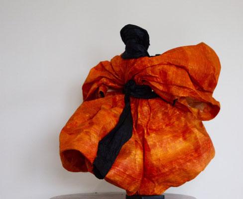 Touareg Ocre rouge - H 35cm x L 32cm x P 34cm