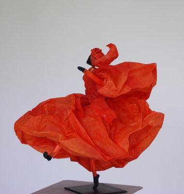 Danse mandarine - H 28cm x L 24cm x P 32cm
