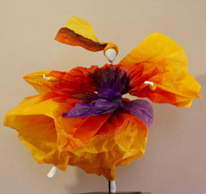 Flora - Papier calque coloré - H 34cm x L 36cm x 34cm