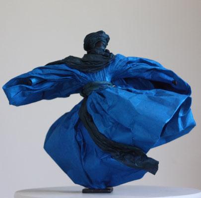 Homme bleu - H 34 cm x L 34cm x P 34cm