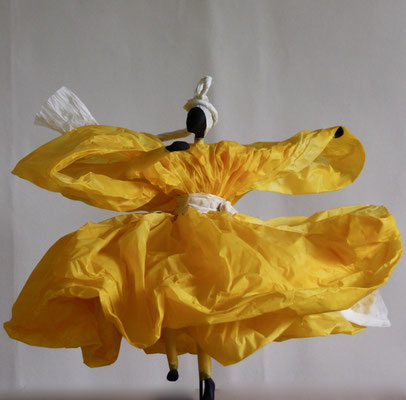 Danse solaire - Papier calque coloré - H 35cm x L 48cm x P 48cm