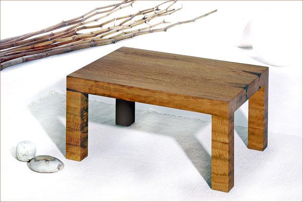 Serie BLOCK > Couchtisch > Birnenholz | 80 cm x 60 cm / H 38 cm