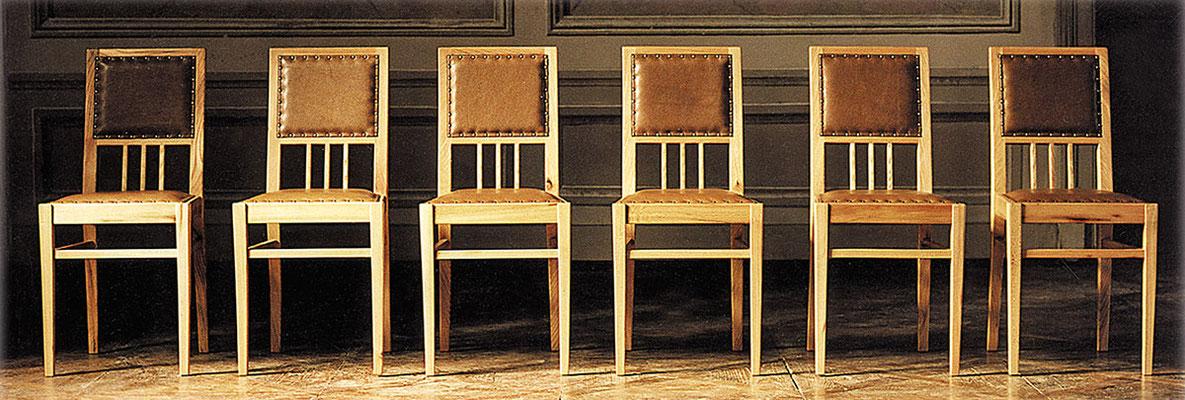 Stühle > LOOP