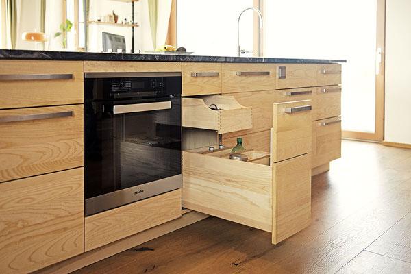FEISTRITZER HOLZKÜCHE > F2 > Küchenblock