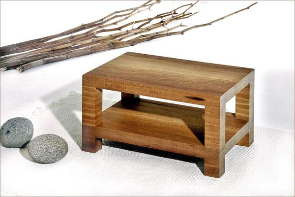Serie BLOCK > Couchtisch > Birnenholz | 73 cm x 49 cm / H 37,5 cm