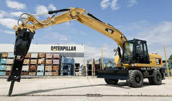 Колесный экскаватор Caterpillar M318D эксплуатационной массой 20,1 т с ковшом емкостью 0,38–1,26 м3
