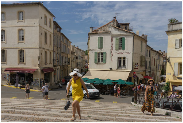Lady in yellow - Arles (F) - 14.07.2018