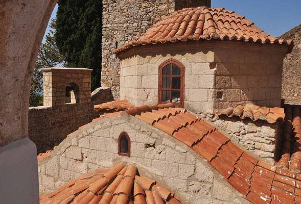Tilos, Kloster