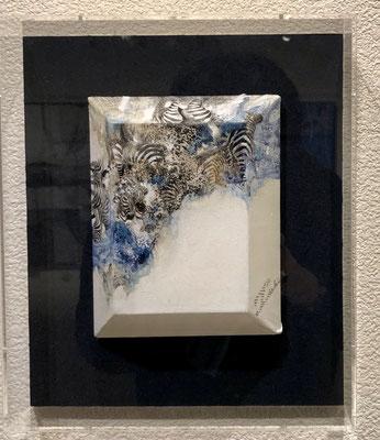 尾崎悦子「縞の黙示録」四角 18×14cm