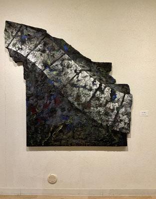 「追憶」 上野礼子 (127×131cm、ミクストメディア)