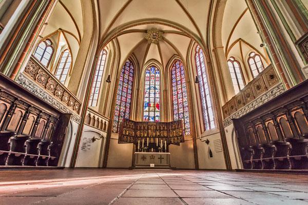 Hauptaltar <small><i>(Foto: Jochen Quast, Lizenz: St. Johannis)