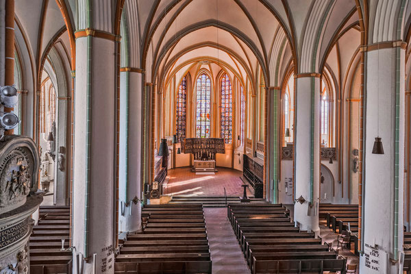 Mittelschiff <small><i>(Foto: Jochen Quast, Lizenz: St. Johannis)