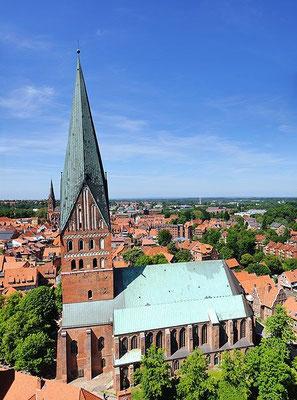 Kirche von Süden <small><i>(Foto: Wladyslaw, Lizenz: CC BY-SA 3.0)</i></small>