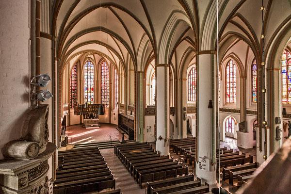 Kirchenschiff <small><i>(Foto: Jochen Quast, Lizenz: St. Johannis)
