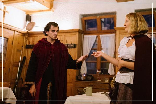 Marie trifft auf Henker Franz.