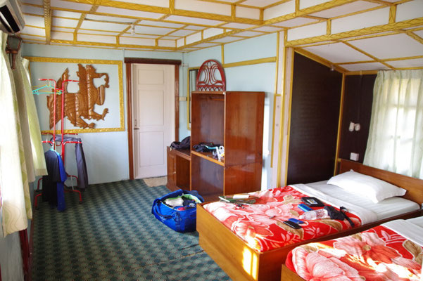 "Zimmer im ""Golden Mandalay Hotel"""