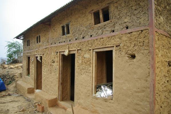 Traditionelle Bauweise mit Metallverstrebungen