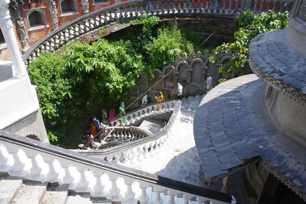 ...um am Ende der Gupteshwor Mahadev Cave wieder ans Tageslicht zu kommen
