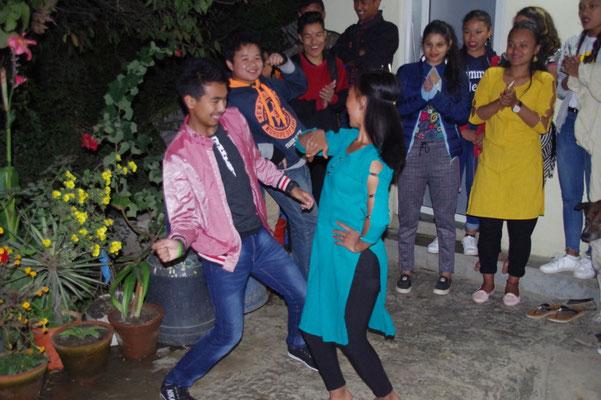 ..singen und tanzen