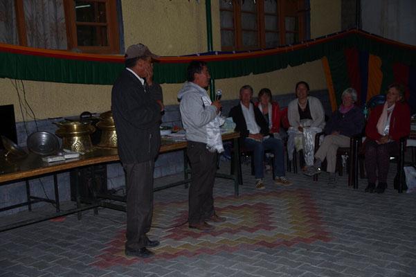 Topgyal gibt einen Rueckblick auf die erfolgreiche Zusammenarbeit