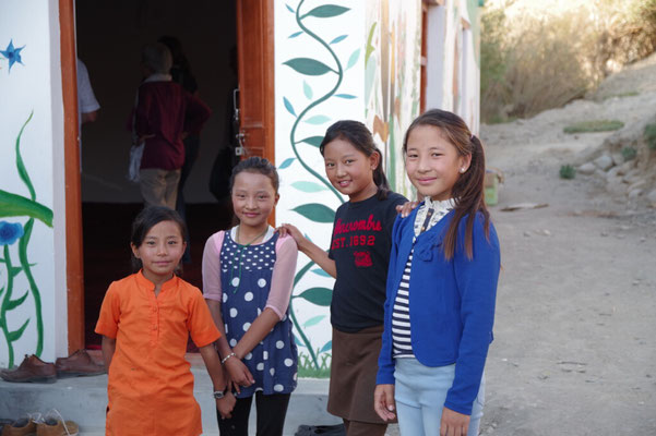 Auch die groesseren Kinder sind vom KiGa begeistert