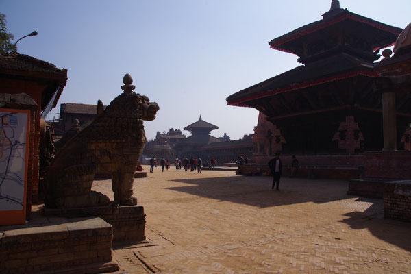 Blick auf den Durbar Square, den koeniglichen Platz