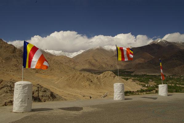 Leh, Blick nach Norden zur Karakorum Range