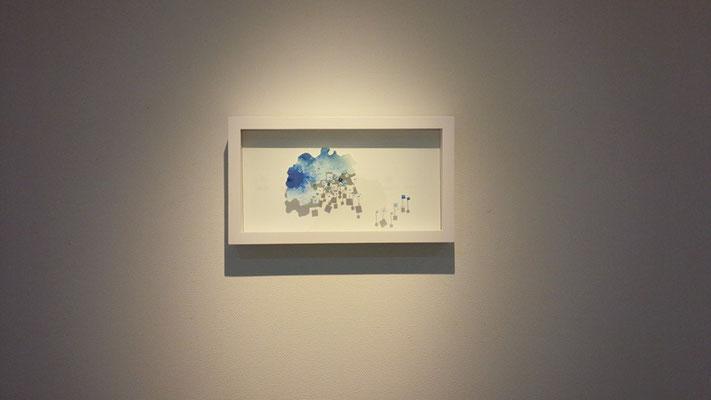 「みずうみ アティトゥラン湖」 油彩、水彩紙、虫ピン 205×365×45mm 2015
