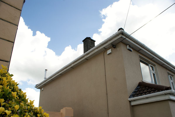 External view on 2 SEVi 160 HRV Units, fitted close to the soffit