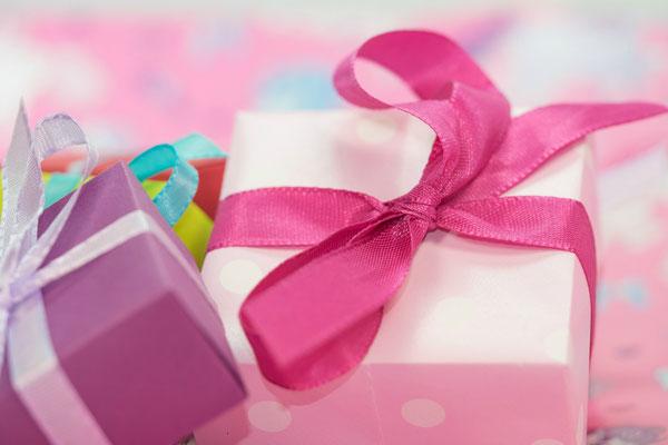 rosa Geschenke