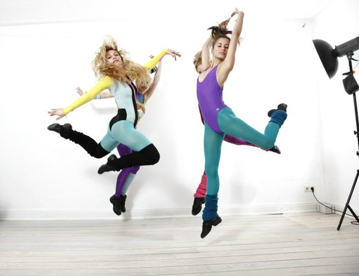 fly... - VICKY ALIKI & LILIA AREVALO - Photography by Carsten Thun