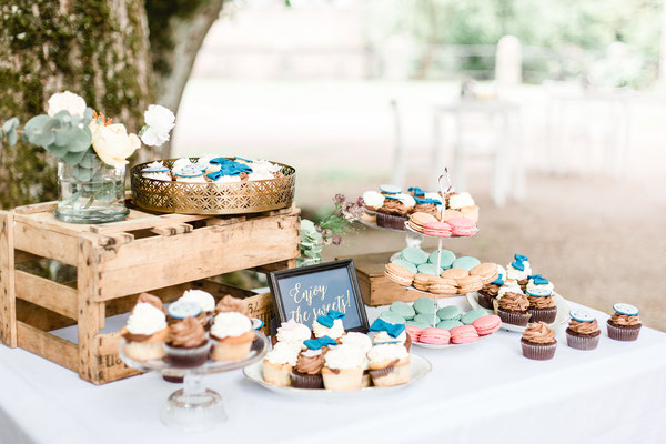 Candy Bar Sweet Table