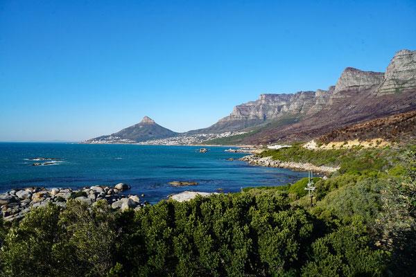 Sicht auf die Zwölf Apostel von Tafelberg