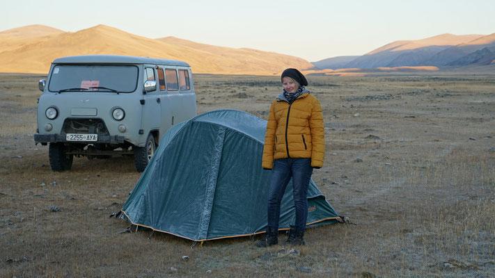Am Morgen war das Zelt gefrohren....