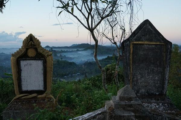 Sicht von der Shwe Taung Pagode