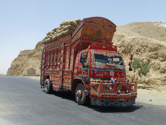 nice Roadtruck of Pakistan