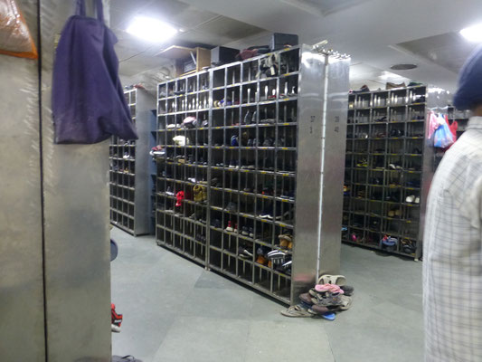 Shoes store at golden temple