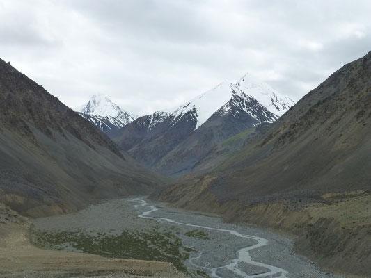 KKH to Kunjerab Pass