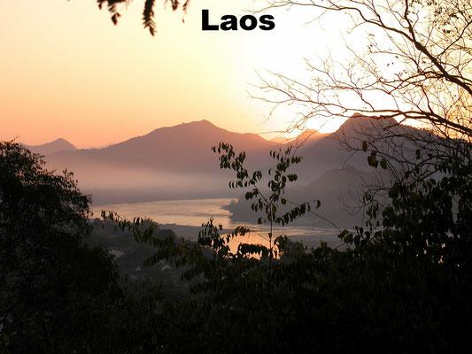 Vietnam Heise - Reisen nach Laos