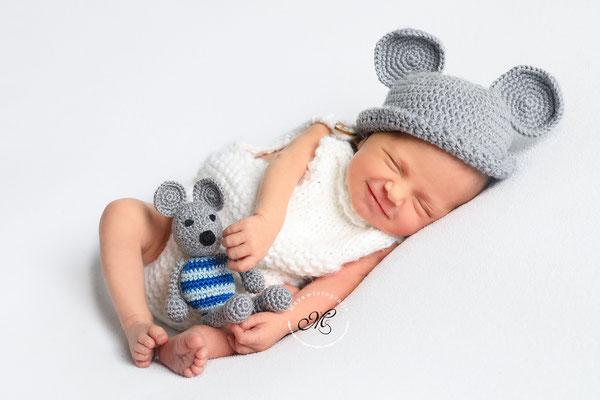 Neugeborenen und Babyshooting