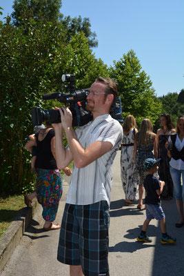 Kameramann von KT1 bei der Arbeit